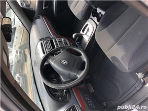 Hyundai Grand Santa Fe - imagine 3
