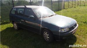 Dezmembrez Opel Astra F - imagine 2