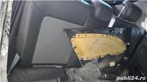 Vand interior scaune piele semipiele Opel Corsa D cu incalzire. Scaunul sofer are ceva uzura - am po - imagine 2