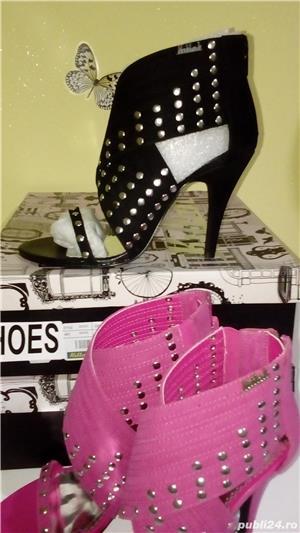 Sandale Killah by Miss Sixty noi in cutie,2 culori,roz si negru,mas 37 - imagine 1