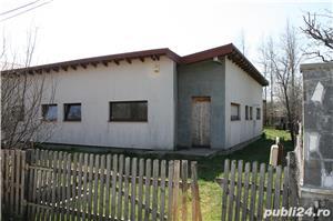 Vand casa de vacanta cu curte in Brebu, Prahova - imagine 3