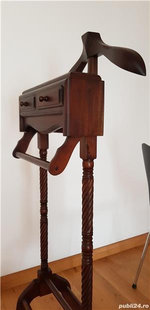 Vintage Valet haine de epoca lemn masiv sculptat finisat lacuit - imagine 5