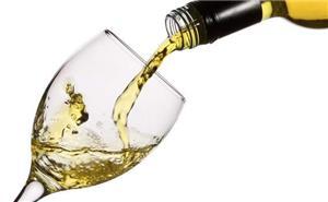 Vin alb/negru 6 lei, Rachiu/Tuica din vin 12 lei, struguri (4 soiuri) 1.8 lei/kg-toate negociabile - imagine 1