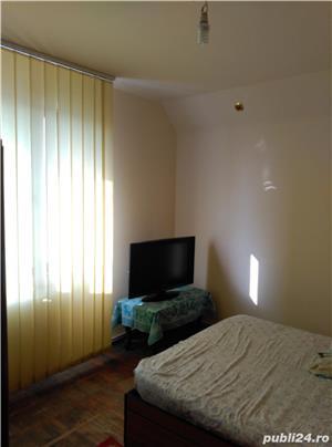 Particular vind apartament 2 camere zona spital jud  - imagine 3