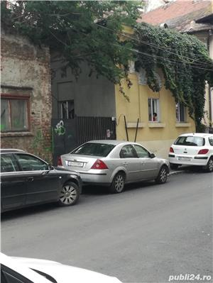 vanzare casa curte - imagine 3