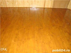 Amenajari interioare, mansarde din lemn, grinzi false ornamentale, tavane din lemn masiv, gresie - imagine 8