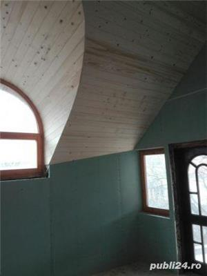 Mansarde cu lemn, rigips, grinzi ornamentale, ancadramente ferestre - imagine 1