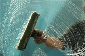 Spălare geamuri și uși - imagine 5