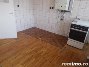 Apartament 2 camere, decomandat, ultracentral - imagine 5