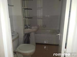 Apartament 2 camere, decomandat, ultracentral - imagine 9