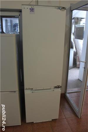 Combina frigorifica incorporabila MIELE model K683i, pret 850 lei, capacitate totala bruta 316 litri - imagine 1