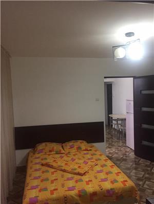 Apartament 2 camere decomandate sat vacanta Mamaia  - imagine 3
