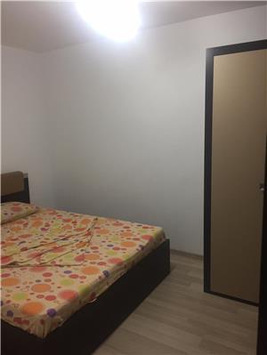 Apartament 2 camere decomandate sat vacanta Mamaia  - imagine 2