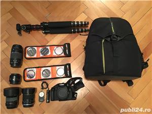 Canon EOS 600D cu 2 obiective si accesorii  - imagine 1