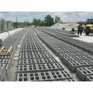 Boltari din beton de foarte buna calitate 40x20x15 3,5 RON  - imagine 1