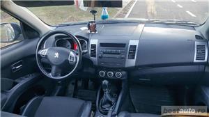 Peugeot 4007 - imagine 8