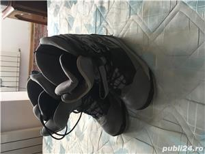 Boots placa - imagine 3