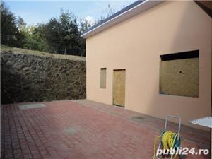 Zona Tabara - Casa P+M=227mp,finisata la cheie interior,exterior,decorativa,anexe=50mp - imagine 3
