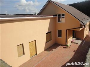 Zona Tabara - Casa P+M=227mp,finisata la cheie interior,exterior,decorativa,anexe=50mp - imagine 2