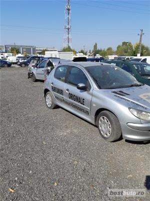 Dezmembram Peugeot 206 an 2005 - imagine 2