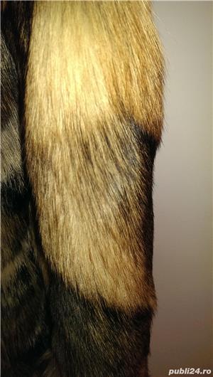Vand haina noua din blana de lup siberian - imagine 5
