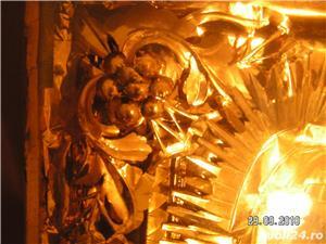 icoana veche in caseta lemn - imagine 5