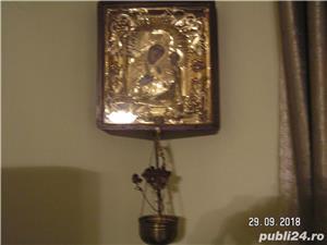 icoana veche in caseta lemn - imagine 7