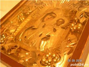 icoana veche in caseta lemn - imagine 8