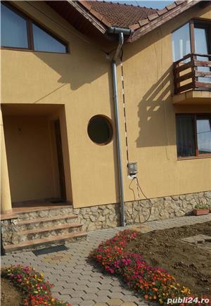 Vand sau schimb casa duplex zona Lucian Blaga - imagine 2