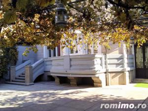 Vila de vanzare,10 camere in zona Bd Dacia - imagine 2