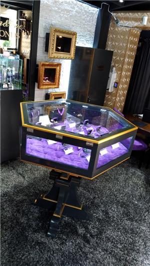 "Vanzare Afacere la Cheie ""Jewelry & Diamonds"" - imagine 4"