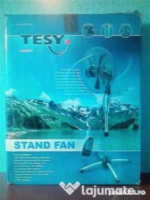 Ventilator cu picior si telecomanda consum foarte mic de energie - imagine 1