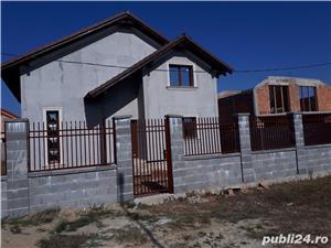 Vand casa parter+mansarda in sat URSENI,zona rezidentiala,pret 87000 euro Direct de la proprietar!! - imagine 1