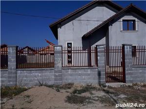 Vand casa parter+mansarda in sat URSENI,zona rezidentiala,pret 87000 euro Direct de la proprietar!! - imagine 4