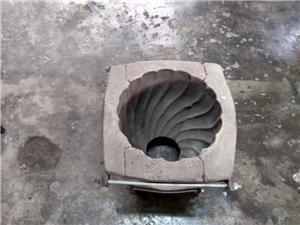 Vind forme pt.turnat ghiveci din beton - imagine 3