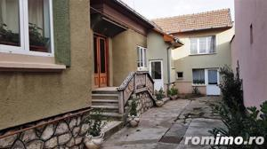 Casa cu 5 camere, 900 mp teren, pretabila pentru 2 familii - imagine 15