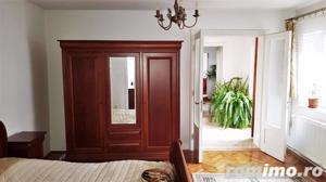 Casa cu 5 camere, 900 mp teren, pretabila pentru 2 familii - imagine 7