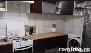 Apartament cu 3 camere decomandate de vanzare in Selimbar - imagine 3