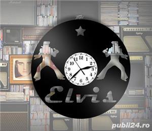 Ceas de perete din vinil Elvis - imagine 3
