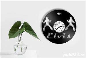 Ceas de perete din vinil Elvis - imagine 2