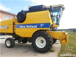 Vând COMBINA NEW HOLLAND TC 5070, cu heder de păioase.  - imagine 1