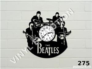Ceas de perete din vinil The Beatles - imagine 1