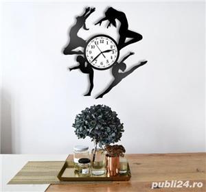 Ceas de perete din vinil cu dansatoare - imagine 3