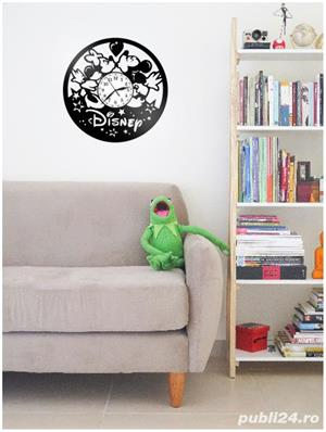 Ceas de perete din vinil Mickey Mouse - Disney - imagine 2