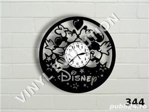 Ceas de perete din vinil Mickey Mouse - Disney - imagine 1