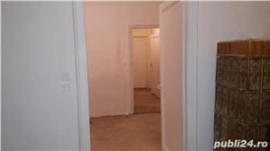 Vand apartament ultracentral 2 camere - imagine 2