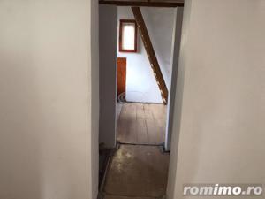 Casă / Vilă cu 4 camere în zona Semicentral - imagine 3