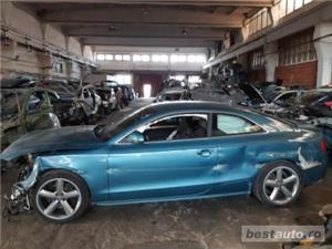 Dezmembram Audi A5 Motor 2700 Tdi - imagine 1