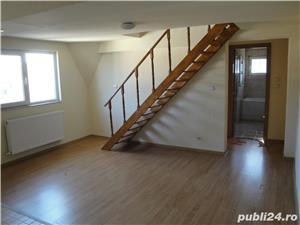 Vând apartament cu 2camere, cu pod amenajat 2 bai, centrală proprie.aer co.63000euro negociabil,tf - imagine 4
