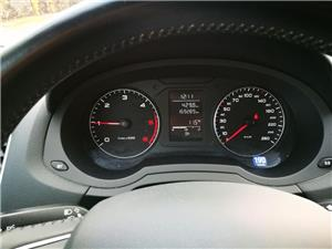 Audi Q3 2.0 TDI - imagine 6